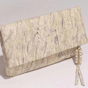 Covet crosby clutch/crossbody 4in1 versatile bag